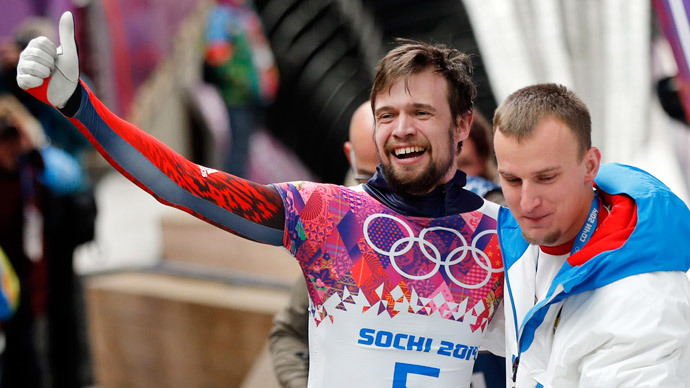 Two golds propel Russia to Olympic top-3 on day 8 of Sochi Games