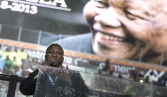 Mandela signer dubbed `fraud` may have suffered schizophrenic episode