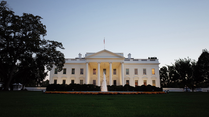 White House, lawmakers reject clemency for Snowden