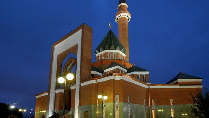 Moscow Muslims upset at warning over terrorists in mosques