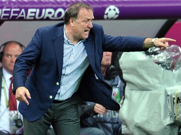 Advocaat wants back to Russia