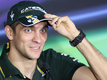 Petrov bags important 10th spot for Caterham F1